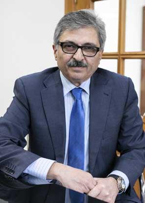 José Ramírez Flores